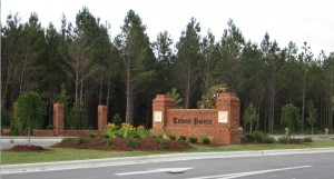 Towne Pointe Entrance